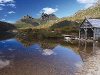 The iconic Cradle Mountain and boat shed at Dove Lake |  <i>Adrianne Yzerman</i>